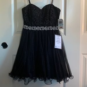 Strapless black homecoming/party dress size 5 Jrs